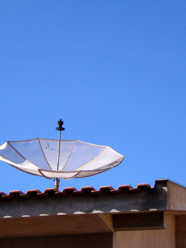 Przesył sygnałów w naziemnej telewizji cyfrowej